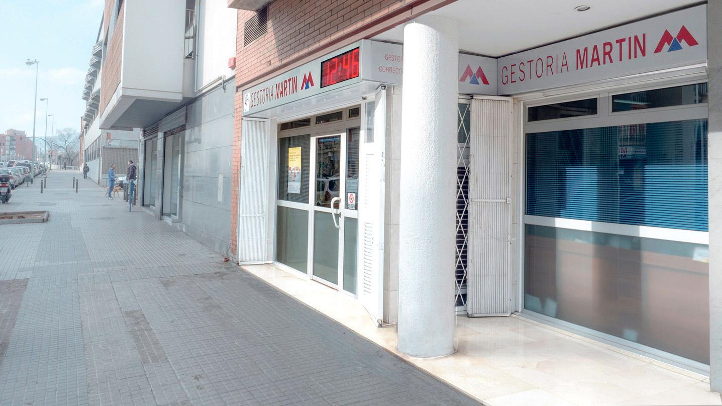 Visión pie de Calle Gestoría Martín