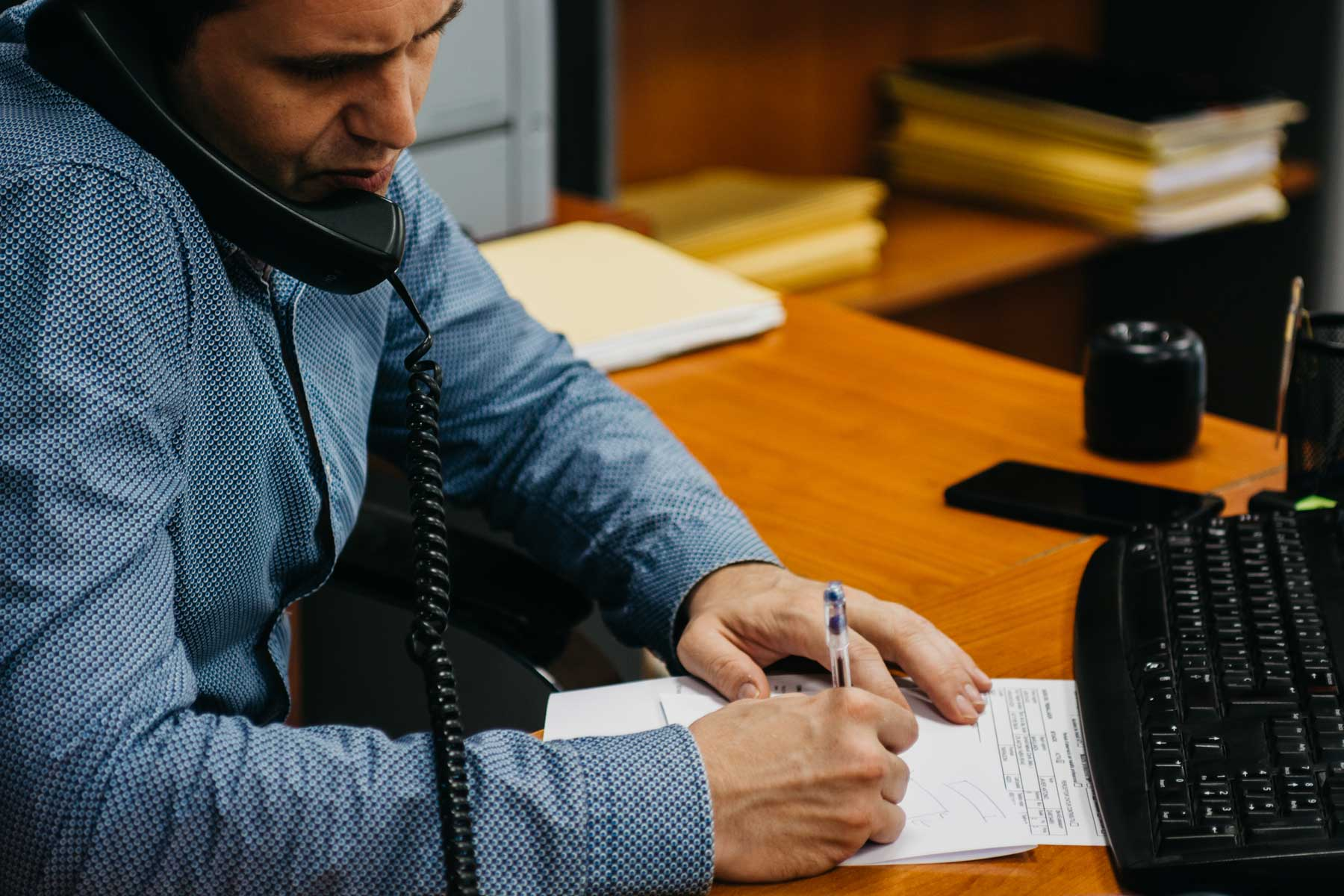 una llamada telefónica en el día a día